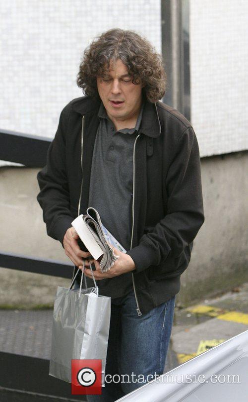 Alan Davies 2