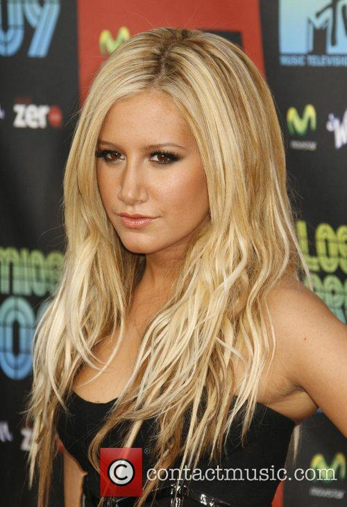Ashley Tisdale and Mtv 2