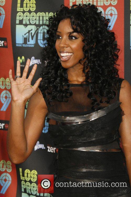 Kelly Rowland and Mtv 2