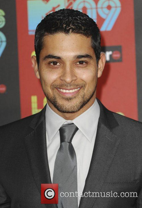 Wilmer Valderrama and Mtv 1