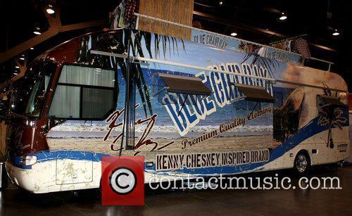 Kenny Chesny Blue Chair Bay 2009 MAGIC Marketplace...