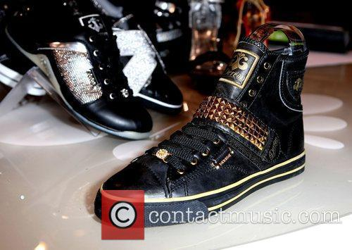 Dereon Shoes and Las Vegas 1