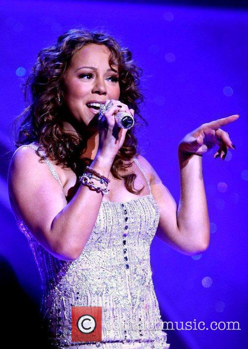 Mariah Carey performs at the Pearl inside the...
