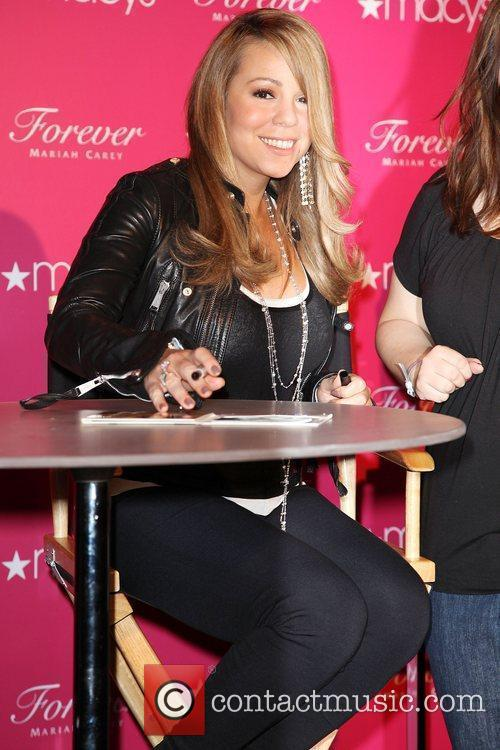 Mariah Carey, Macy's