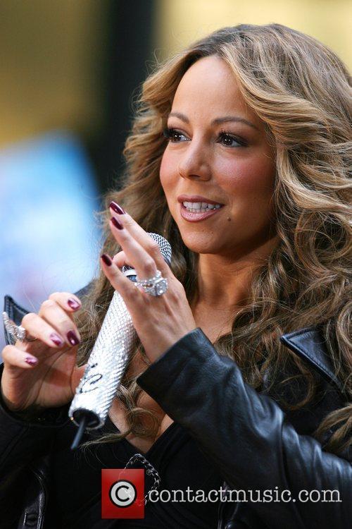 Singer Mariah Carey 8