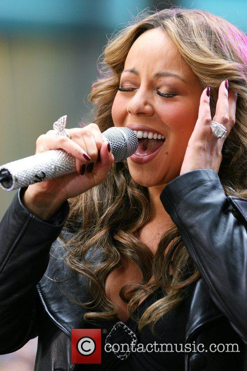 Singer Mariah Carey 9