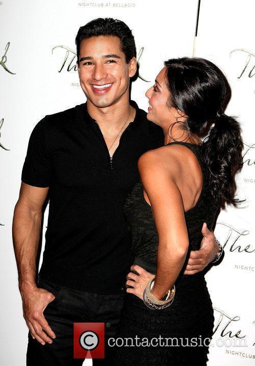 Mario Lopez and Courtney Mazza 6