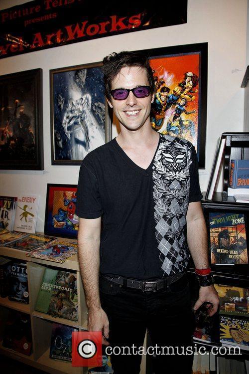 Race Owen Marvel artworks and the legends behind...