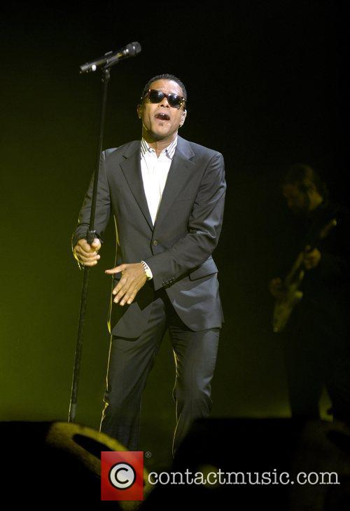 Maxwell Performing His 'blacksummers'night' Tour At The Air Canada Centre 7