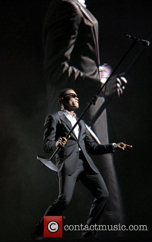 Maxwell Performing His 'blacksummers'night' Tour At The Air Canada Centre 9