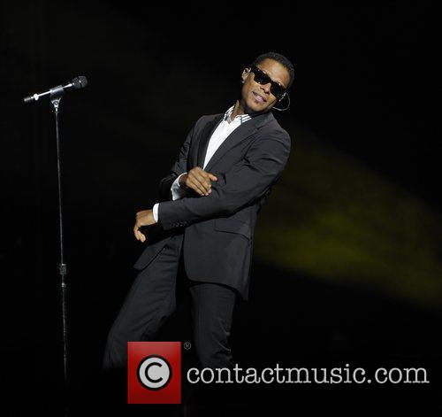 Maxwell Performing His 'blacksummers'night' Tour At The Air Canada Centre 3