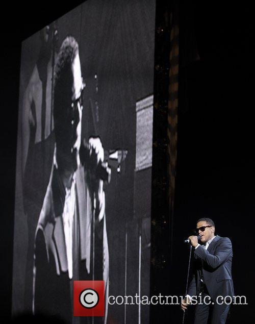 Maxwell Performing His 'blacksummers'night' Tour At The Air Canada Centre 10