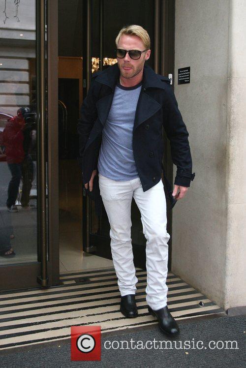 Ronan Keating leaving his hotel in Mayfair London,...