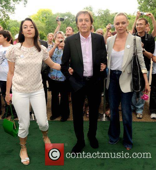 Sir Paul Mccartney and Stella Mccartney 10
