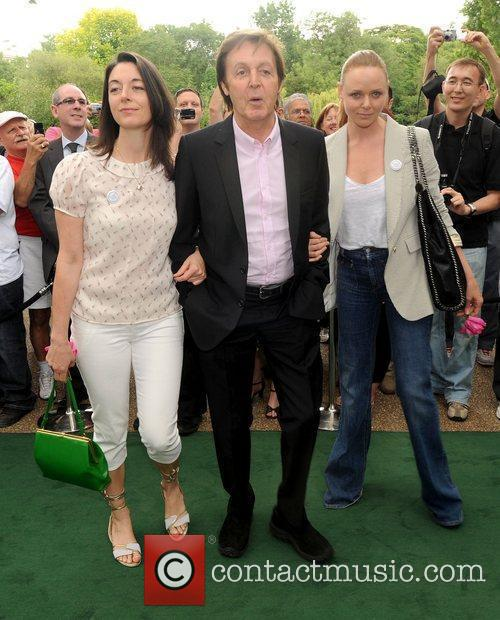 Sir Paul Mccartney and Stella Mccartney 8