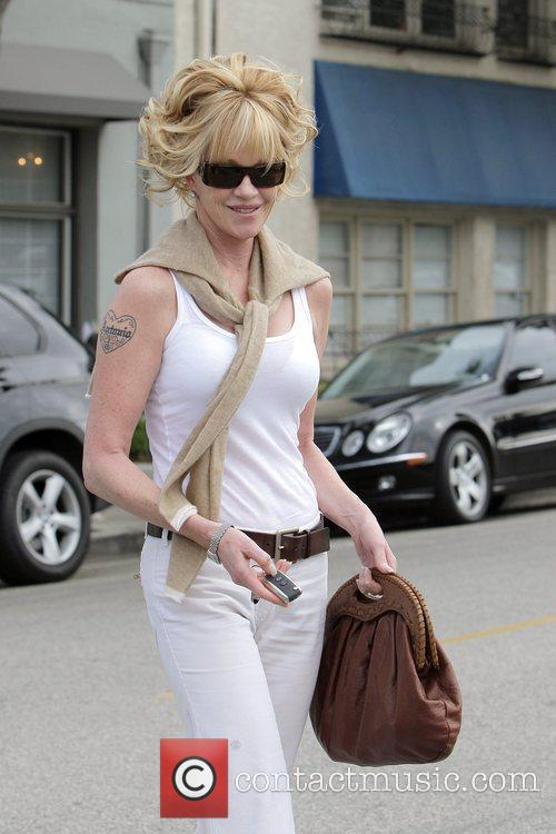 Melanie Griffith and Her Two Daughters Leaving Neil George Salon In Beverly Hills 11