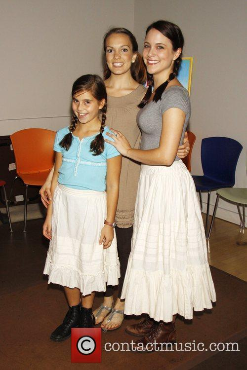 Carly Rose Sonenclar and Little House On The Prairie 2