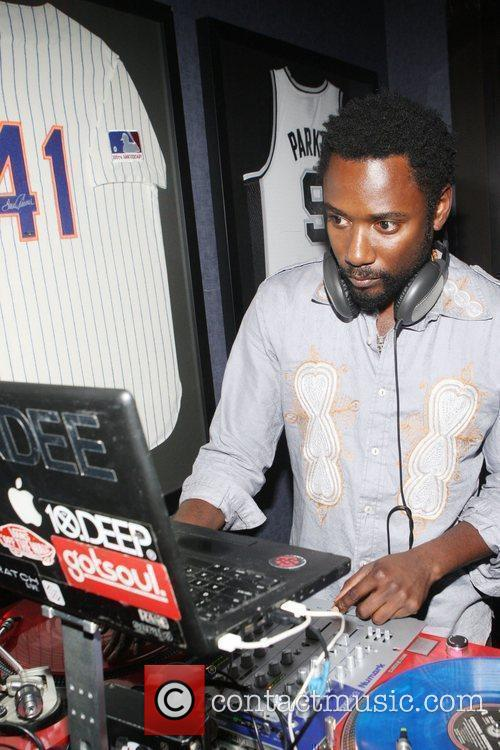 DJ Dhundee  Gillette Fusion Men of Style...