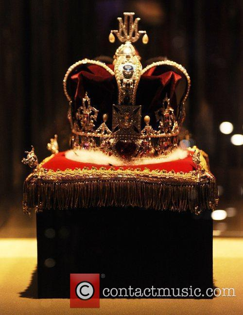 Crown Michael Jackson's This Is It Exhibition...