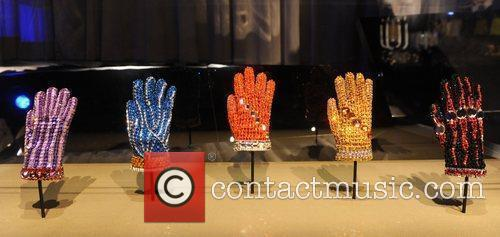 Gloves Michael Jackson's This Is It Exhibition...