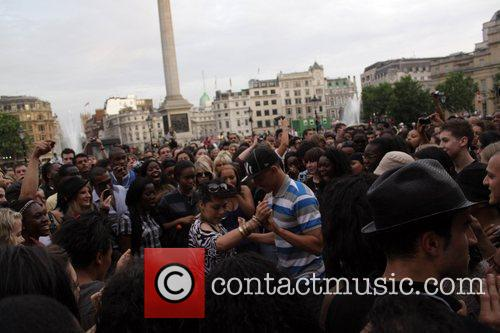 Atmosphere, Michael Jackson and Trafalgar Square 7