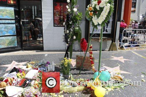 Atmosphere, Michael Jackson and Walk Of Fame 3