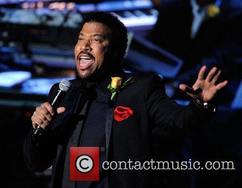 Lionel Richie  The memorial service for the...
