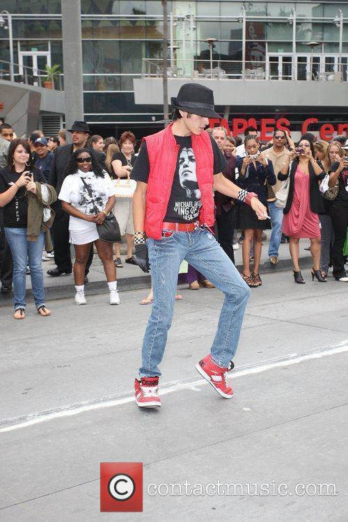 Atmosphere and Michael Jackson 6