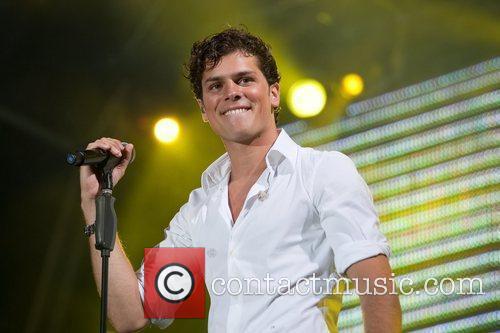 Mickael Carreira 3