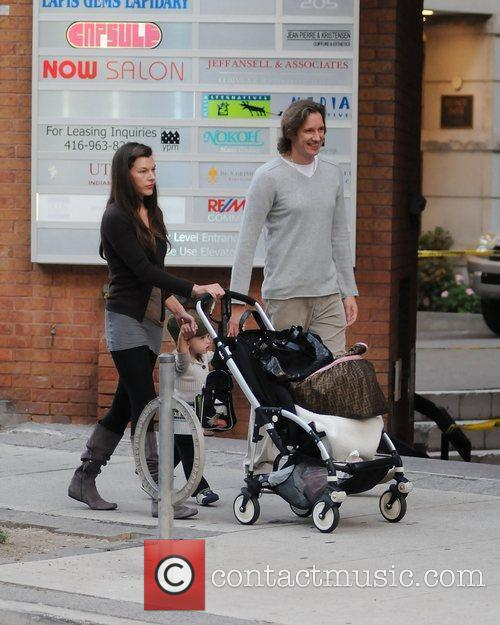 Milla Jovovich and Paul W.s. Anderson Taking Ever Gabo For A Stroll 2