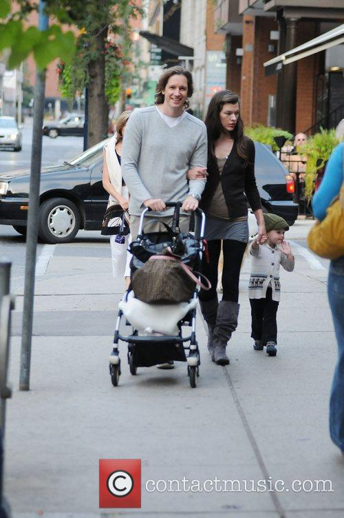 Milla Jovovich and Paul W.s. Anderson Taking Ever Gabo For A Stroll 3