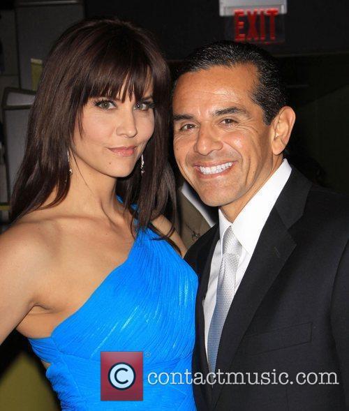 Los Angeles Mayor Antonio Villaraigosa and girlfriend Lu...