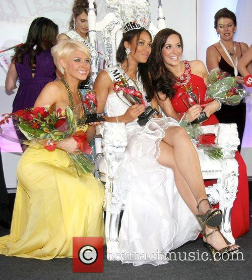 Viki Bailey and Rachel Christie Miss England 2009...