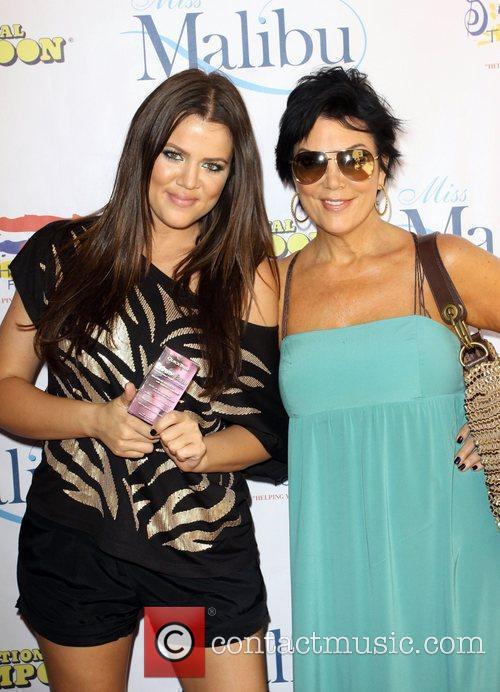 Khloe Kardashian and Mother Kris Jenner 8