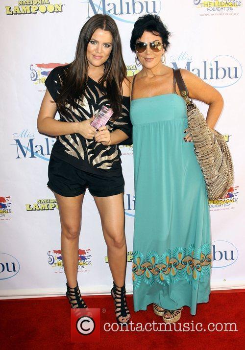 Khloe Kardashian and Mother Kris Jenner 1