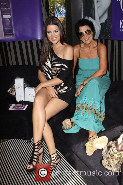 Khloe Kardashian and Mother Kris Jenner 5