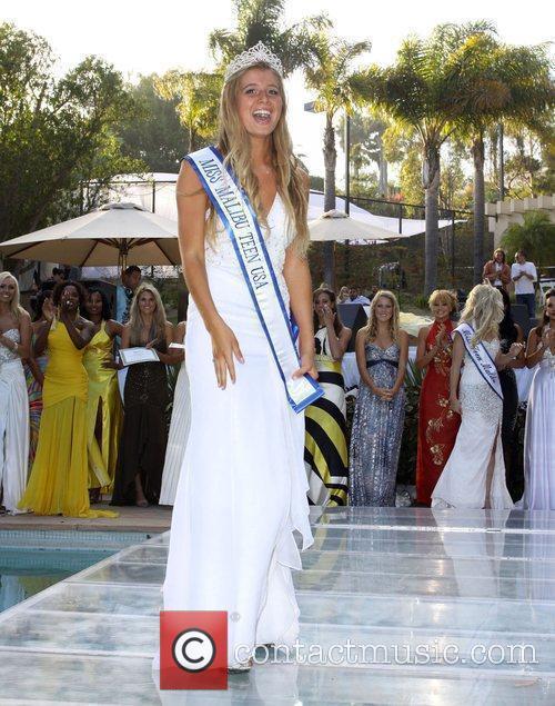 Miss Teen Malibu 2009 Farah Griffin 1