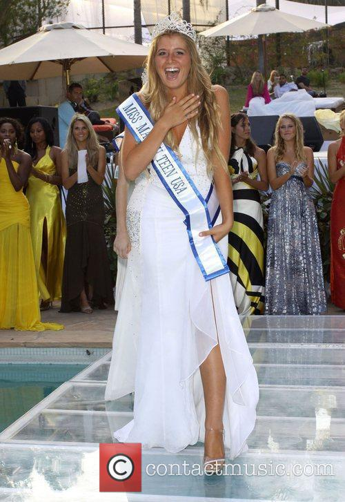Miss Teen Malibu 2009 Farah Griffin 4