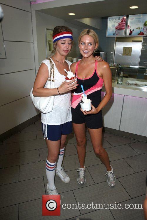Holly Montag and Stephanie Pratt 9