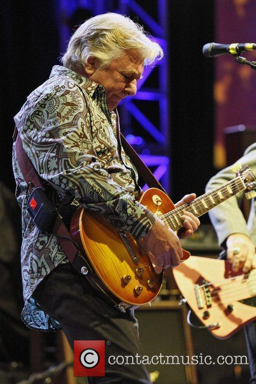 Mick Ralphs Of Mott The Hoople Performs At The Hammersmith Apollo As Part Of The Band's 40th Anniversary Reunion Tour 1