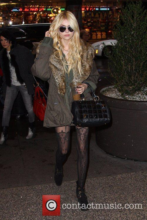 Taylor Momsen and Mtv 10