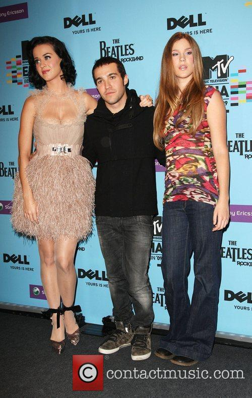 Katy Perry, Mtv and Pete Wentz 5