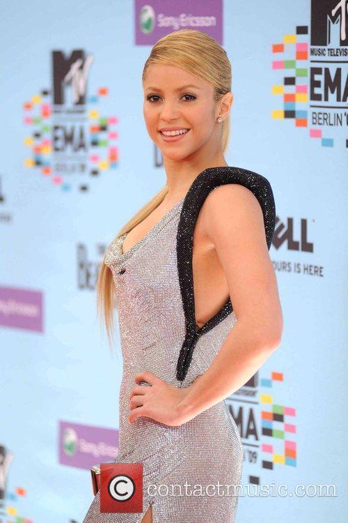 Shakira and Mtv 9