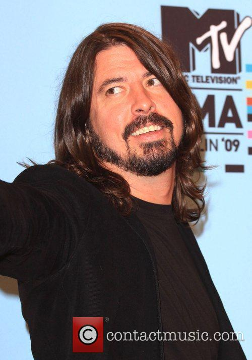 Dave Grohl and Mtv 2