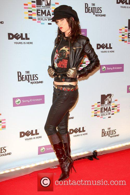 Juliette Lewis, Mtv and Mtv european music awards 2
