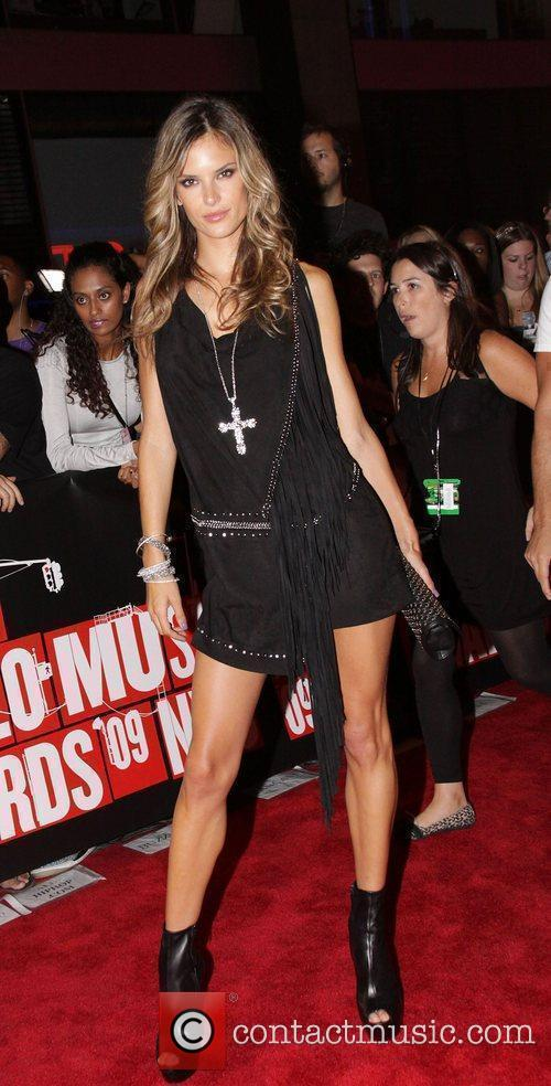 Alessandra Ambrosio and Mtv 3