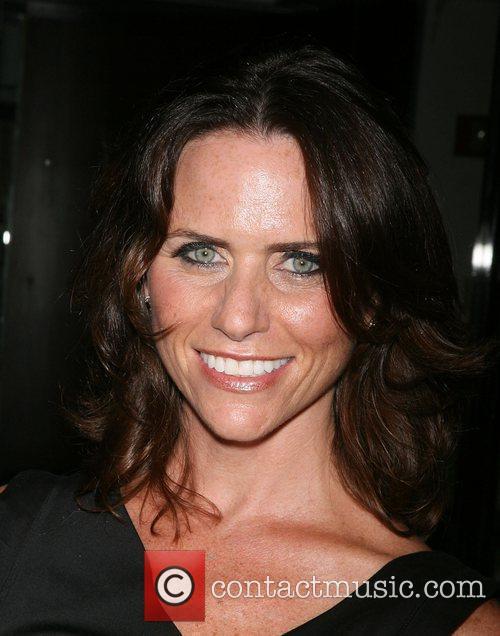 Amy Landecker 5