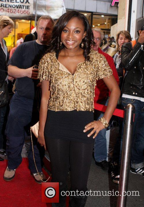 Naturi Naughton, From Fame, Signs Autographs and Performs At The Fame Music Store 5