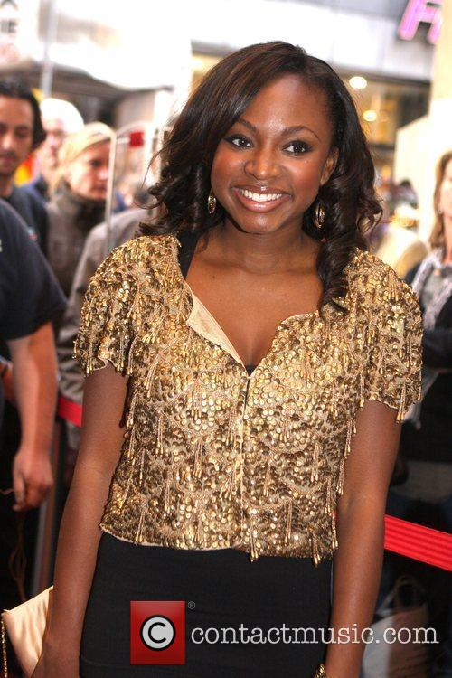 Naturi Naughton, From Fame, Signs Autographs and Performs At The Fame Music Store 6