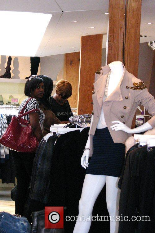 'the Real Housewives Of Atlanta' Star Nene Leakes Shopping At Intermix After Shopping At Rock 4